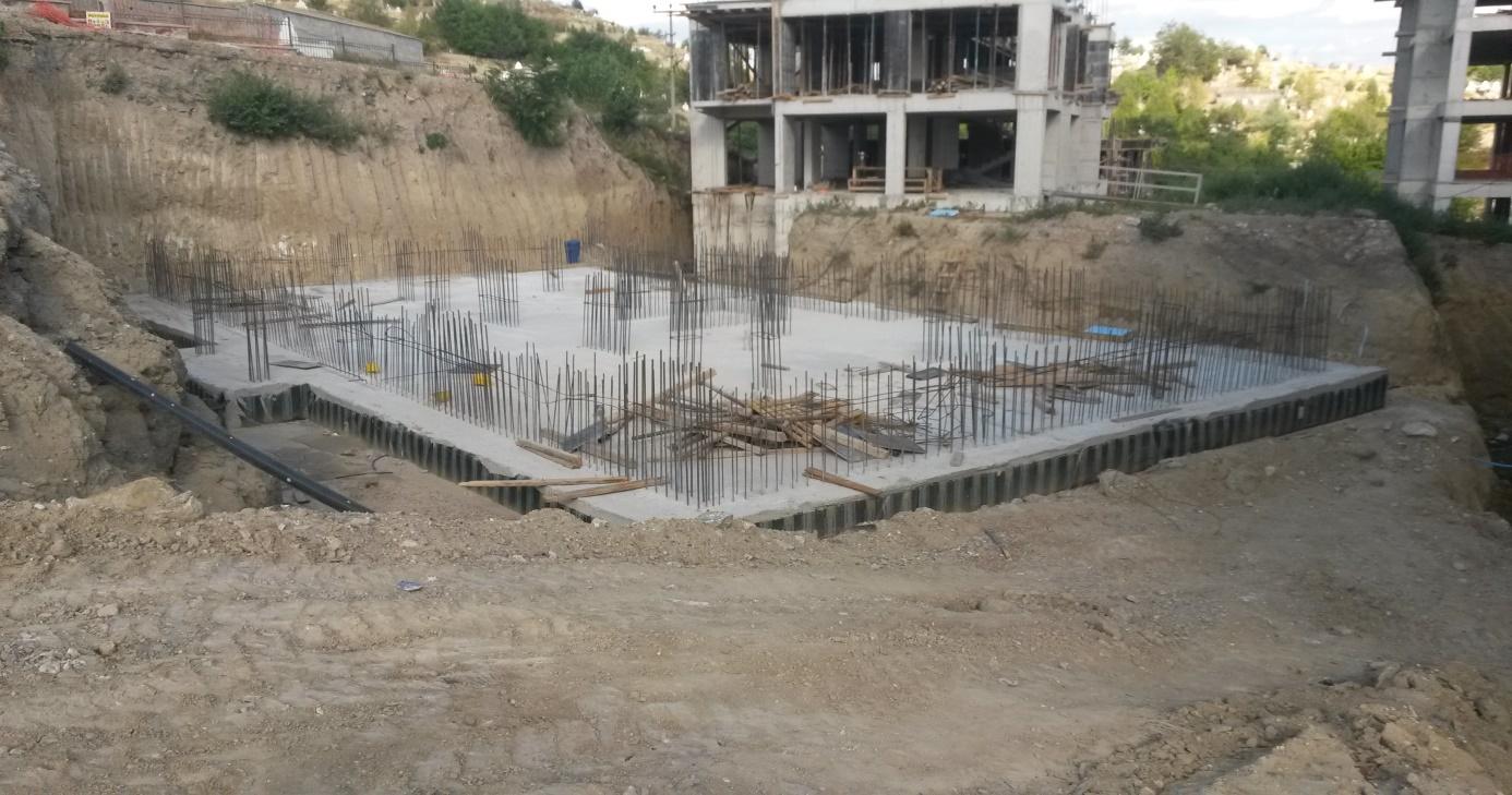 membranin-temel-icine-yatirilarak-beton-ile-korunmasi